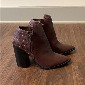 JustFab burgundy heeled booties size 7.5